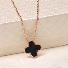 Yiwu Aceon Stainless Steel Black and White Enamel Plated Women Cross Pendant