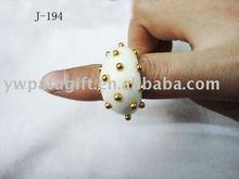bead resin ring