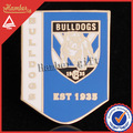 exquisito fútbol de bulldog badge