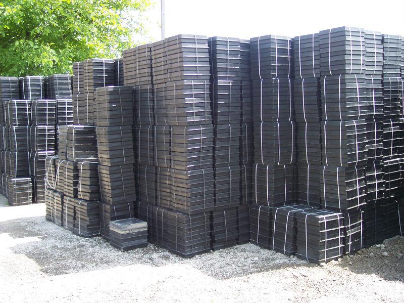 b ton moule en plastique moule pour finisseur pav garden path fabricant producteur europe pologne. Black Bedroom Furniture Sets. Home Design Ideas