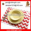 /p-detail/100-de-algod%C3%B3n-rojo-de-chevron-rayas-estampadas-de-dos-capas-de-mesa-decorativas-esteras-alfombrillas-300002091068.html