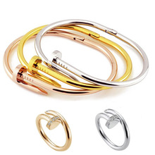 2014 fashion bracelet stainless steel nail bracelet