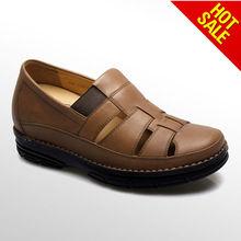 el hombre zapatos sandalia