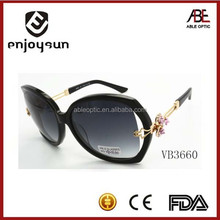2015 new arrival lady top quality wholesale fashion sunglasses with great flower decorated temple