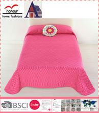 High quality wholesale microfiber strawberry design quilts