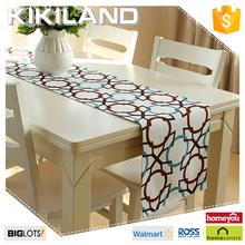 Modern decorative restaurant table runner