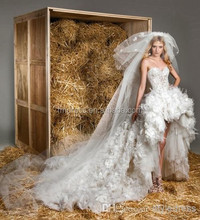 High Quality 2015 Vintage Charming Sweetheart Lace Feather Front short Long Exquisite Wedding Dresses FMG05