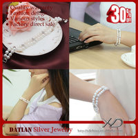 XD big artificial pearls made wholesale fashion bracelet
