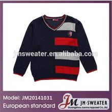 Patrones de tejido para algodón en azul marino, Suéter tejido para niño
