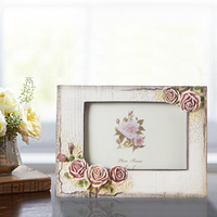 2015 hot sale high quality resin 4x6 inch baby photo frame triangular stand diploma wedding valentines poster frame BY001