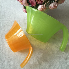 colourful Plastic Measuring Cup With Handle