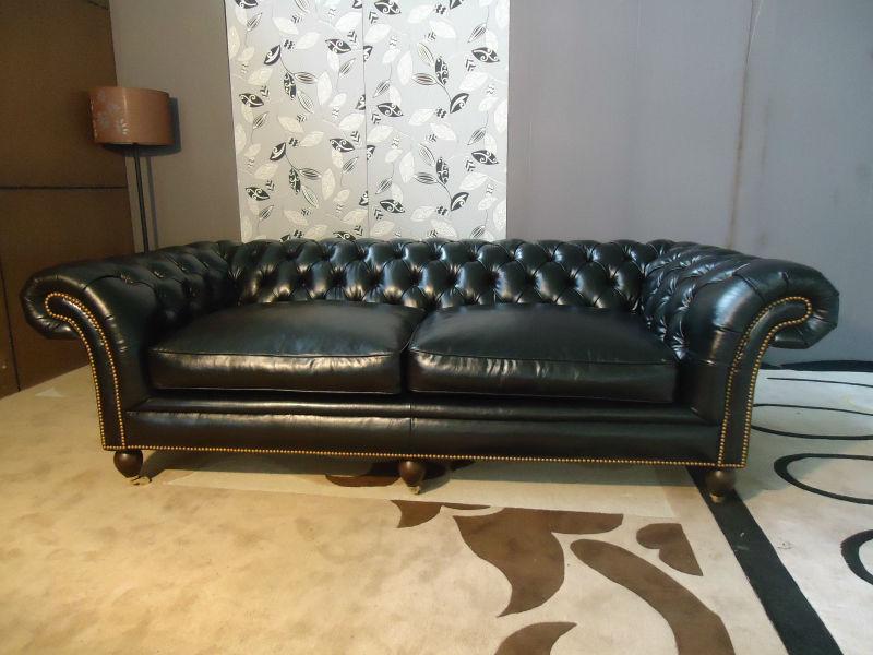 wohnzimmer chesterfield:rot leder chesterfield sofa wohnzimmer möbel sitzgruppe-Wohnzimmer