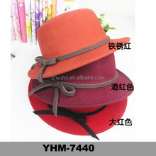 2015 America and Europe retro style small MOQ lady's wool felt boater top hat with ribbon