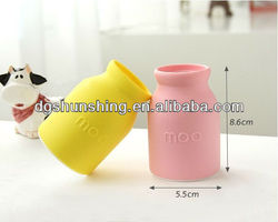 hot sale silicone car air freshener bottle