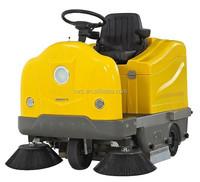 Driving type vacuum mechanical road floor sweeping machine
