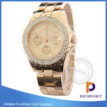 Discount Luxury Diamond Steel Fashion Watch with good price