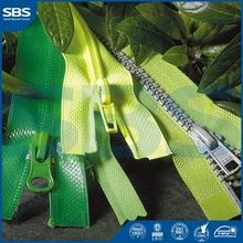 red tap zipperfor shoes,SBS resin zipper plastic zipper,8# Open-end metal zipper