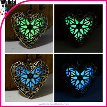 Selling fashion necklace box pendant Glow necklace