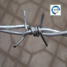 2015 électrique de fer barbelé galvanisé Wire12 # x14 # / Hot galvanisées placage barbelés