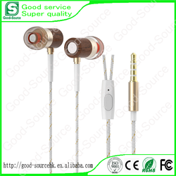 High quality fashion wooden earphone with competitive price and good sound