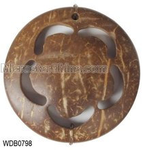 Coconut pendant, round with flower