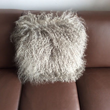 China Factory Direct Selling 100% Real Tibet Sheep Fur Cushion Cover In Silver Color