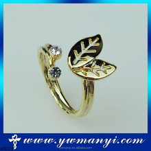 2015 lady fashion European Style two leaves diamond leaves ring with wholesale