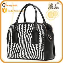 Medium size tote bag cowhide leather woven handbag totes for USA market brand design purse