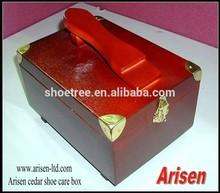 Sapato cedro caixa de cuidados de