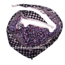 Triangle fashion scarf 2011 2012 with stock