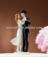 wedding cake decoration resin bride and groom cake top
