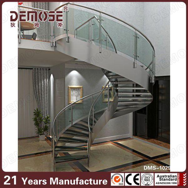 pasamanos de la escalera de madera de para escaleras interiores
