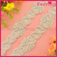 wholesale hand embroidery beaded stone applique trimming WRA-775