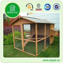 Big Hen House with Outdoor Run