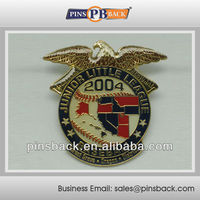 2004 Years Baseball Custom Metal Die Casting Soft Enamel Lapel Pins/Badges with epoxy dome