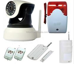 combines pir sensor, Alarm IP Camera 720p HD Uwith door/window sensor,smoke detector motion sensor