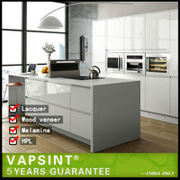 White high gloss lacquer paint kitchen cabinets