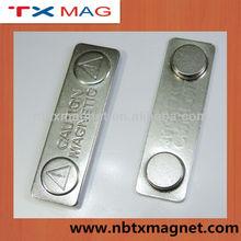 de metal magnético nombre insignia