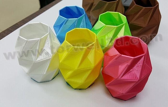 Silk filament1 - .jpg
