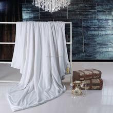 hot sale for mild climate 1.5 kg filling of silk quilt
