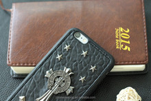 2015 hot selling special rivet and skull style case for iPhone 6 PLUS