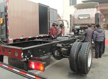 HOWO 6 wheel 8TON light truck chassis design