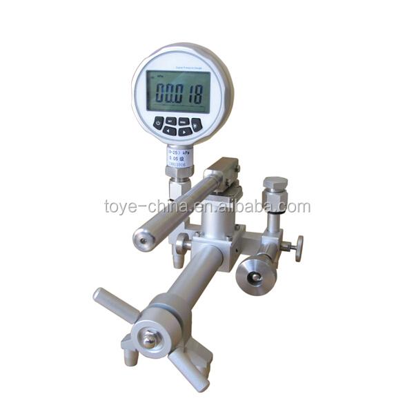 Gas Measuring Instruments : Portable gas pressure pump in measuring instruments