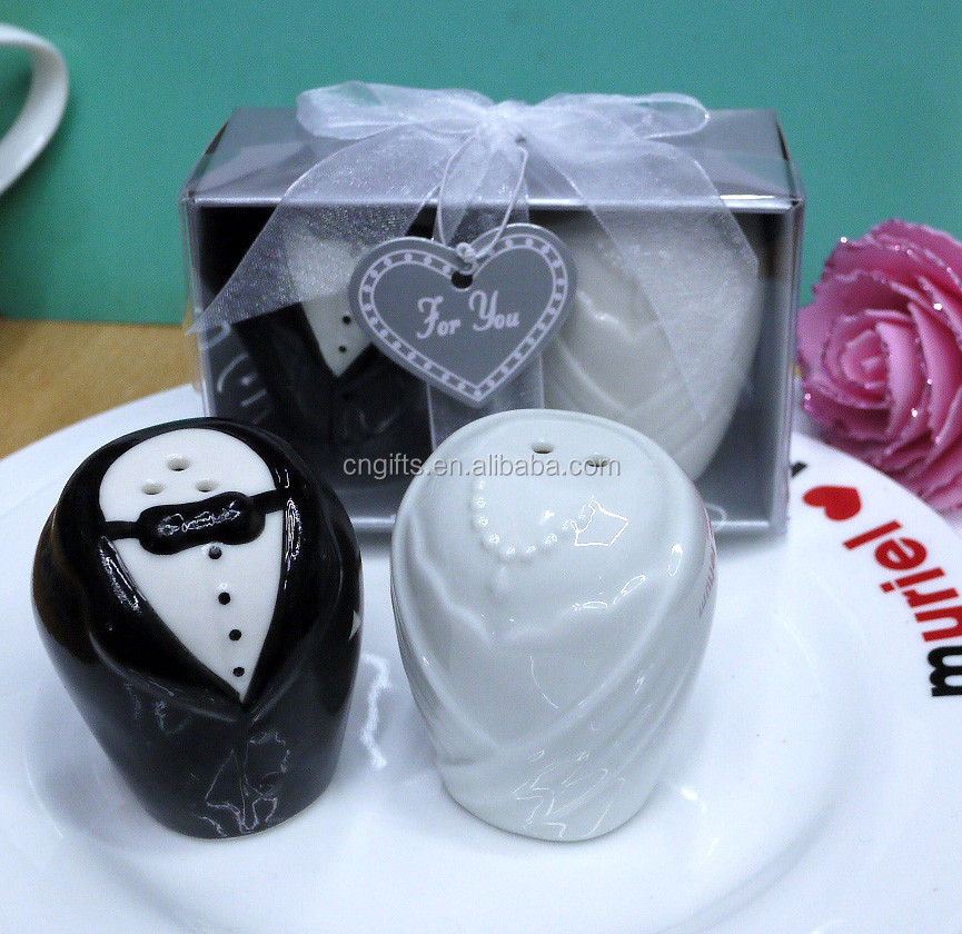 Wedding Favour Souvenirs And Party Return Gifts Of The Bride And