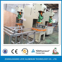 Feeding Accuracy Coating The Oil Evenly Material Waste Is Small Aluminum Foil Food Container For Take Away Machine