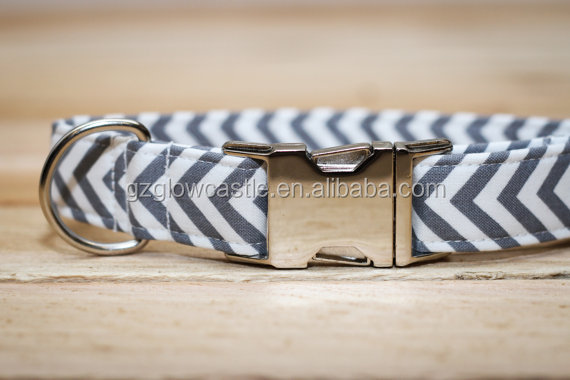 Chevron Dog Collar in Gray and White Zig-Zags with Metal Buckle.jpg