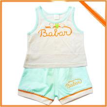 volantes magnífico venta al por mayor de puro algodón de ropa de niños conjunto de tres piezas de niño ropa de verano traje