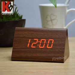 New products 2015 innovative product low price led wood mold clock for decoration or gifts