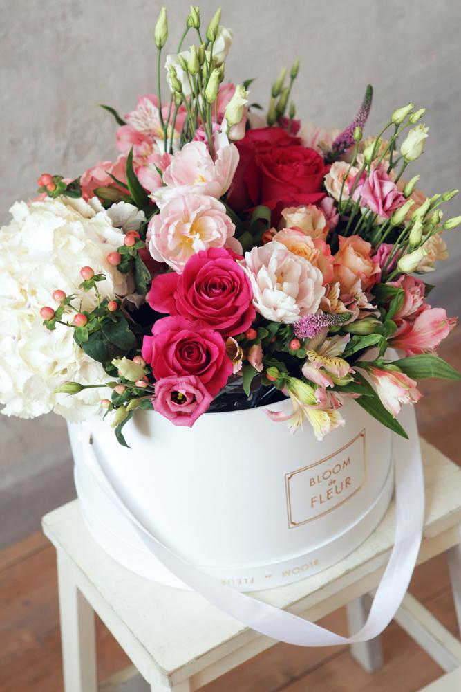 De livraison de gros bouquet cadeau carton pour bo te d for Bouquet cadeau