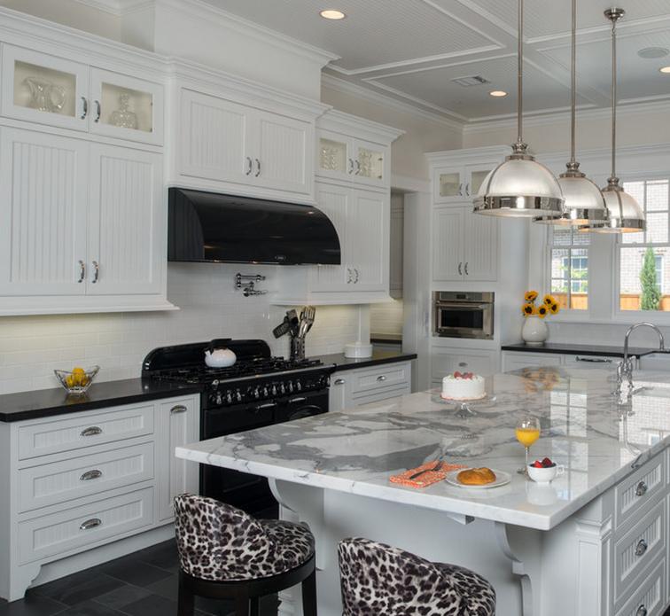 Ritz hot sale modern solid wood kitchen cabinet with pull for Solid wood modern kitchen cabinets